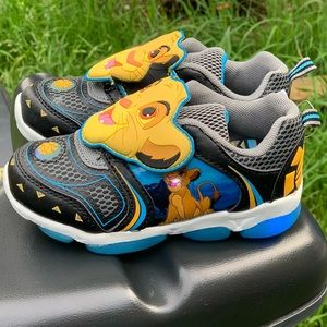 Shoes - Disney Lion King Toddler Boys Light Up Shoes New